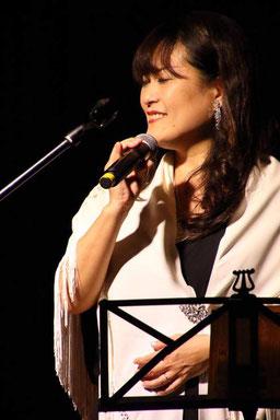 MACHAKO,Latin Vocalist
