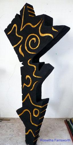 NonaD (Kunststein) mit Blattgold und Acryl, Lustwandel der Pandora 180 x 80 x 35 cm