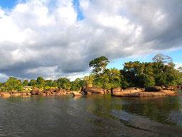 Tagesspiegel: Suriname: Auf wilden Wasserwegen