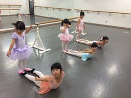 Movin' High Dance Studioキッズバレエクラス