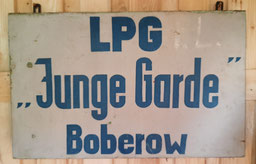 """""""Heimat"""", """"Hoffnung"""" und """"Heideland"""" hatten sich zur LPG """"Junge Garde"""" vereinigt."""