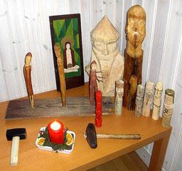 Neugermanischer Altar zum Yule Fest; Bild: Gunnar Creutz