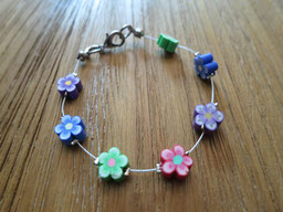 #bracelet#girl#flower#red#purple#blue#green#