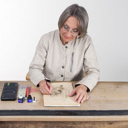 Eva Pisa in ihrem Atelier