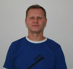 Dr. Armin Binder