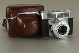 ZEISS IKON Contessa matic E ©  engel-art.ch