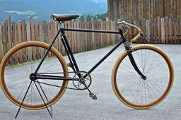 Rennradrahmen um 1910 - Schrott wird flott