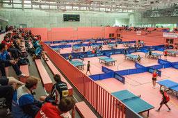 28 Tische standen den Teilnehmern in der Paul-Horn-Arena zur Verfügung.