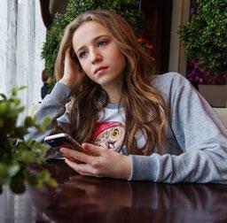 Tipps gegen Langeweile zu Hause Mädchen Handy Teenager Geburtstag Berlin München