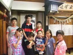 他教室と一緒に挑んだそろばん野球ゲーム 写真右 杉村さん