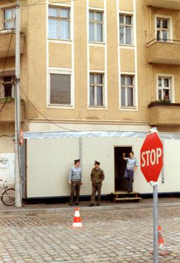 30 Jahre Mauerfall- Neuer Grenzübergang Elsenstrasse Neukölln