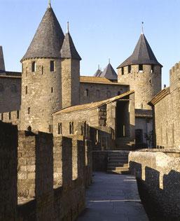 rempart Carcassonne visite avec rc vtc narbonne transport moins cher, tarif UBER