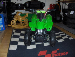 Mini Quad / ATV 2- T Benzin Grün für Kinder Neu