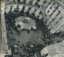 """Piazza Flavio Gioia quando era la Rotonda """"il vecchio mercato"""""""
