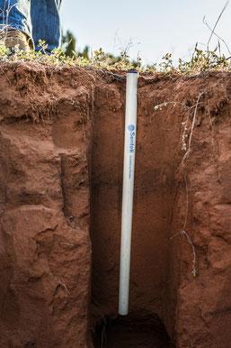 La sonde capacitive Drill and Drop mesure l'humidité du sol - Agralis