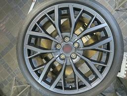 スバル、WRX・STI・特別仕様車S2084の純正アルミホイールのガリキ傷・擦りキズのリペア(修理・修復)後の写真2