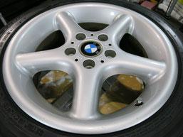 BMW Z3の純正アルミホイール4本のガリキズ・擦り傷・欠けのリペア(修理・修復・再生)前のホイール④の写真