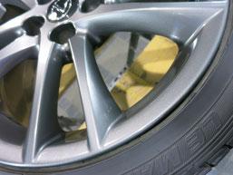 レクサスIS Fスポーツの純正アルミホイールの、ガリ傷・すりキズのリペア(修理・修復)後の傷アップ写真2
