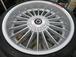 BMW Z4 アルピナ Sドライブ35i のアルミホイールのガリ傷・すりキズ・欠けのリペア(修理・修復)後のホイールアップ写真