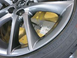 レクサスIS Fスポーツの純正アルミホイールの、ガリ傷・すりキズのリペア(修理・修復)後の傷アップ写真3