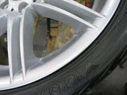 BMW335iカブリオレ純正アルミホイールのガリ傷・擦りキズのリペア(修理・修復)後の傷があった部分のアップ写真