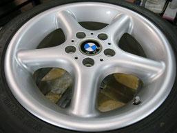 BMW Z3の純正アルミホイール4本のガリキズ・擦り傷・欠けのリペア(修理・修復・再生)後のホイール④の写真