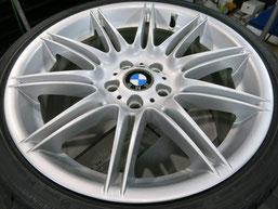BMW335i純正19インチアルミホイールAの、ガリキズ・擦り傷のリペア(修理・修復)後の写真