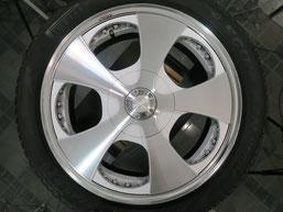 ベンツG500 の アルミホイール(ロデオドライブ)のガリ傷・擦りキズ・欠けのリペア(修理・修復)前のホイールAの写真2