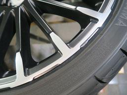 無限 シビック のアルミホイールの、ガリ傷・擦りキズのリペア(修理・修復)後の傷修理箇所アップ写真C