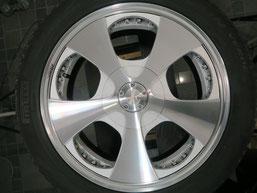ベンツG500 の アルミホイール(ロデオドライブ)のガリ傷・擦りキズ・欠けのリペア(修理・修復)後のホイールAの写真2