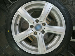 BMW Z4 のアルミホイールのガリキズ・擦り傷のリペア(修理・修復)前のホイール写真2
