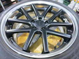 シボレー カマロLT RSのアルミホイールのガリ傷・擦りキズのリペア(修理・修復)前のホイール全景写真