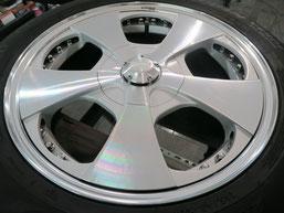 ベンツG500 の アルミホイール(ロデオドライブ)のガリ傷・擦りキズ・欠けのリペア(修理・修復)後のホイールCの写真1