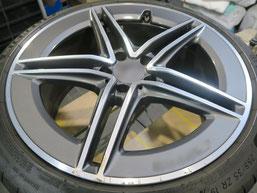ベンツCLA45S AMGの純正ダイヤモンドカット仕上げホイールのガリ傷・すりキズの修理・修復前のホイール写真1