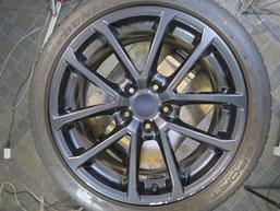 スバル WRX.S4の純正アルミホイールのガリ傷・擦りキズのリペア(修理・修復)前のホイール写真2