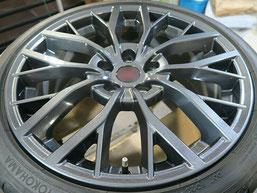 スバル、WRX・STI・特別仕様車S2084の純正アルミホイールのガリキ傷・擦りキズのリペア(修理・修復)後の写真1