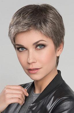 Photo perruque femme Risk version mono du catalogue Hairpower de Ellen Wille