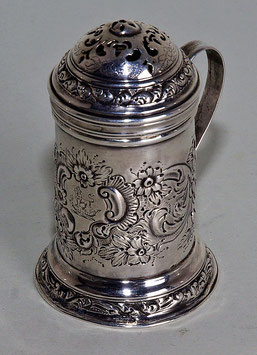 Zucker- oder Gewürzstreuer, London, um 1722.