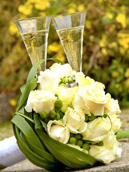 Hochzeitsfotos Foto Studio Flohrer Fotografie Hochzeit modern Fotografie Wedding Trauung Brautpaar