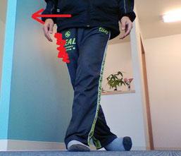 反り腰で腰痛の奈良県広陵町の男性