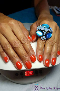 cnd shellac electric orange non chip nails for 14 days home visit st alabans
