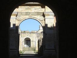 prison (au fond)