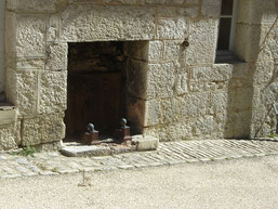 cheminée prévue, ce qui est rare, pour réchauffer les soldats lors de leurs gardes