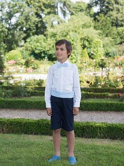 Bermuda cérémonie garçon coton bleu ciel. Cortège de la mariée. Tenue d'enfants d'honneur. Fait-main France. Atelier à Neuilly-sur-Seine. Envois dans toute la France.