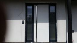 79 Haustüre nachher in Dormagen Modell Pirnar 501