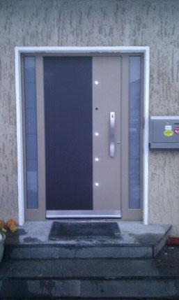51 Haustüre in Wuppertal nachher