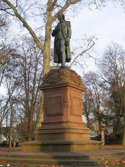 Schiller auf der Schillerhöhe in Marbach (Foto: commons.wikimedia.org