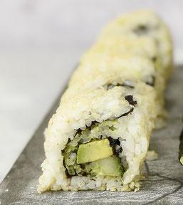 Vegetarische bzw. vegane California Inside Out Rolls selbst gemacht