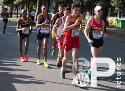 Die Gruppe nach vorne (Foto: RaceWalk Pictures - Lehmeyer/Zurek/Feige)