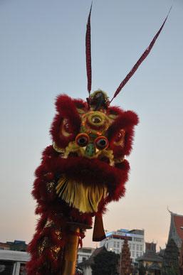 Der Löwentanz zum neuen Jahr